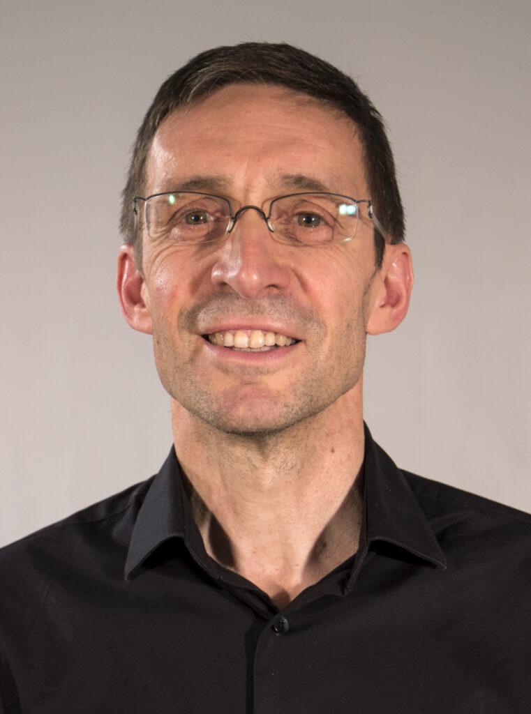 Ernest Abadal Investigador
